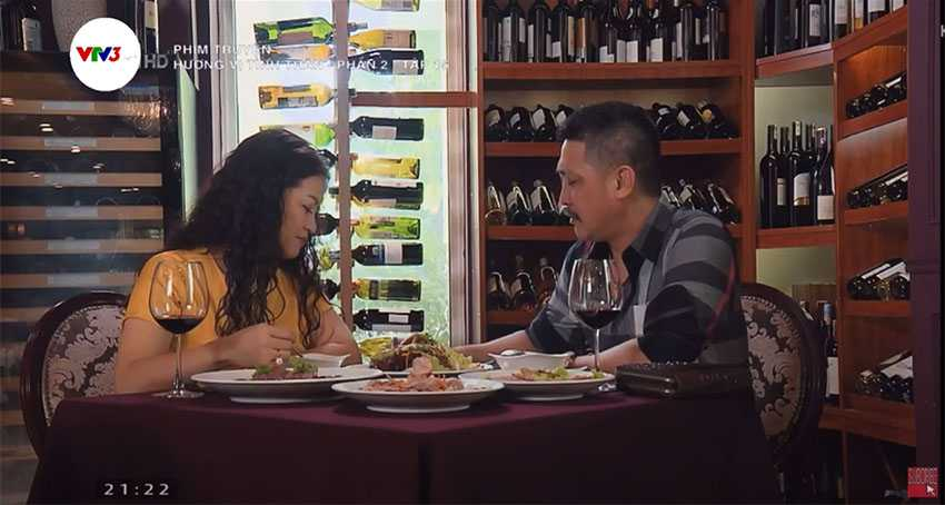 tủ ướp rượu vang trong nhà ông Tấn